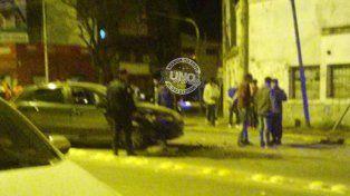 La policía intervino en el choque que se produjo a las 5.45 en Laurencena. Foto@jeremiasdureOK