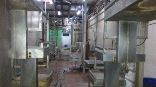 El paro afecta el movimiento de mercaderías en todos los frigoríficos del país.