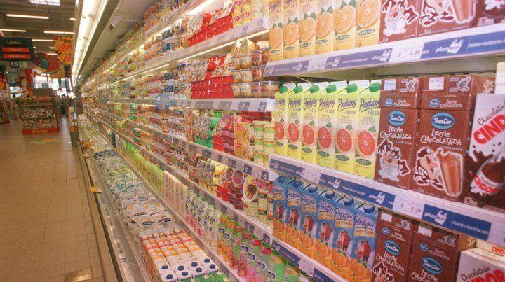 Piden a los supermercadistas que se esfuercen para contener la inflación