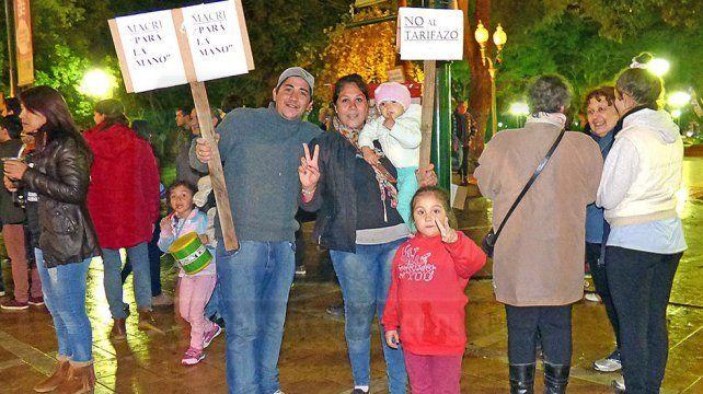 Cacerolazo en Concepción del Uruguay. Foto: UNO/Héctor De los Santos