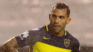 Carlos Tevez analiza si sigue o no en Boca