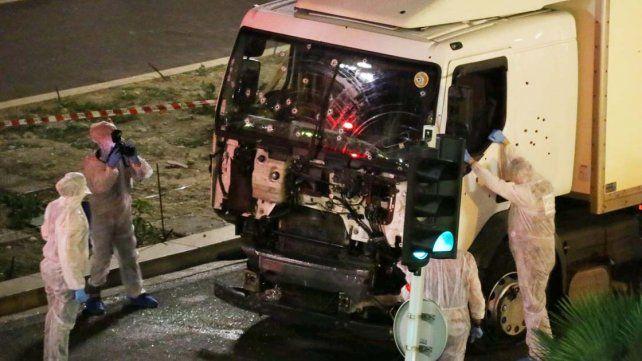 Se difunde video del momento en que la policía francesa mata al terrorista de Niza