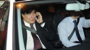 Zannini chocó el auto de un periodista y quiso escapar