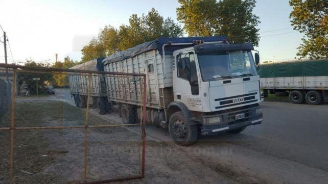 Coletazo. 15 millones de toneladas de soja sin comercializar.