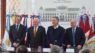 Los gobernadores de la Región Centro reflotan la Hidrovía Paraguay-Paraná
