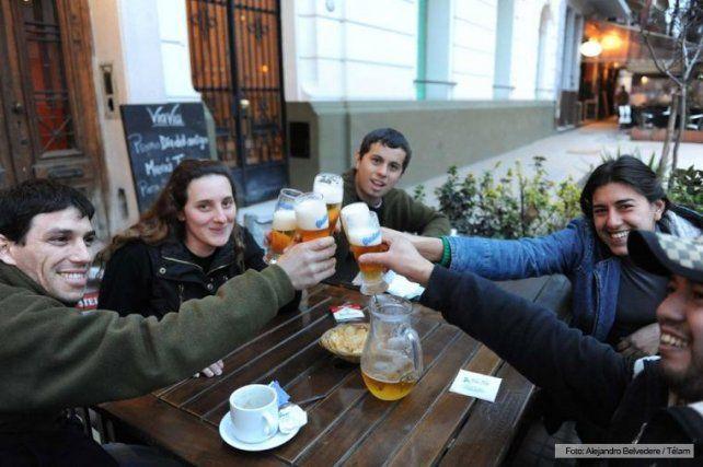 Este miércoles se celebra el Día del Amigo, una fecha impulsada por un argentino