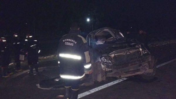 Dos heridos en un vuelco en al ruta 12