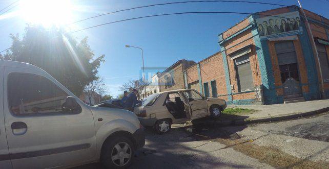 Una chica de 13 años fue derivada al San Roque y una mujer al San Martín. Foto UNO Juan Manuel Kunzi.