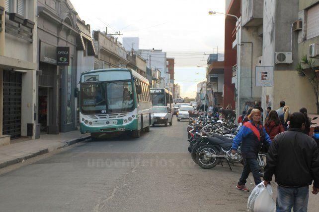Aclaran dónde se puede estacionar en calle España
