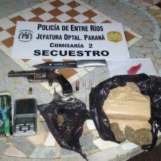Allanaron una casa en calle Belgrano y encontraron marihuana y un arma