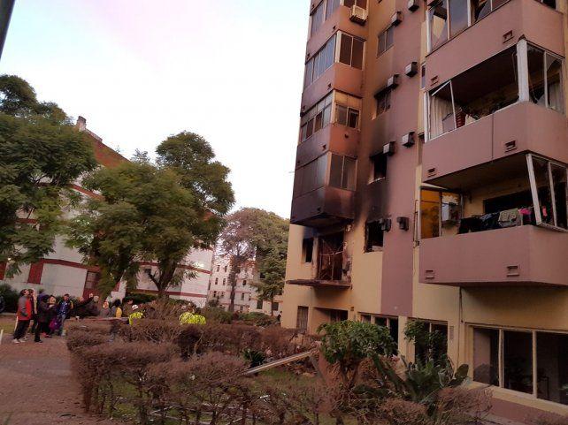 Diecisiete heridos, tres graves, por una explosión en un edificio del Bajo Flores
