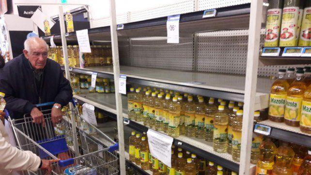 Ya falta aceite en las góndolas y limitan el cupo a 2 por cliente