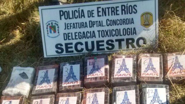 El valor de la droga tirada desde una avioneta en Puerto Yeruá ronda los 9 millones de pesos