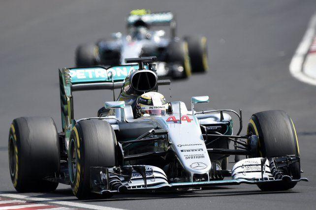Lewis Hamilton es el nuevo líder del campeonato mundial de Fórmula 1