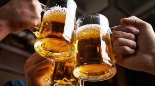 Cuántos litros de cerveza consumen los argentinos en promedio durante un año