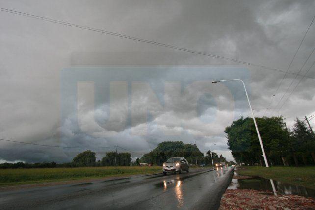 Rige un alerta para parte de Entre Ríos por lluvias y tormentas fuertes
