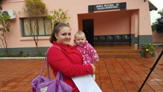 Misiones: una madre denunció que tres policías le impidieron amamantar en la vereda