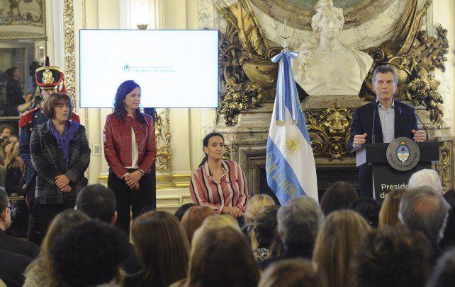 El Gobierno presentó su plan a tres años para erradicar la violencia de género