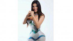 Fotos: El sensual body painting olímpico de Miss Bumbum