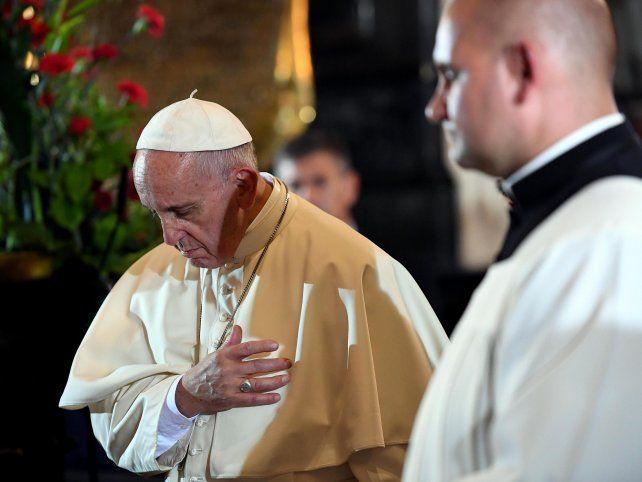 Francisco denunció que el mundo está en guerra y pidió solidaridad con los migrantes