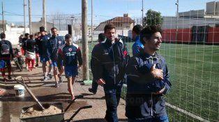 EL SEGUNDO. Atlético Paraná completó ayer su segundo día de concentración en Concordia. Mañana enfrenta a Libertad.