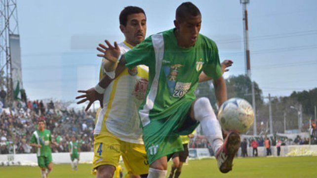 El futbolista no seguirá jugando en Estudiantes de San Luis.