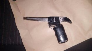 Se secuestraron tres armas de fuego.