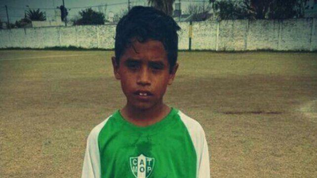 Juega en Ministerio y lo comparan con Ronaldinho