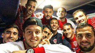 Pegó la vuelta. El plantel de Atlético Paraná emprendió el viaje de retorno a la capital entrerriana ayer por la tarde.
