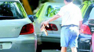 Dos ciudacoches de 13 y 15 años fueron baleados en las piernas en pleno centro de Rosario