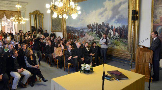 Bordet se comprometió a garantizar la independencia de poderes