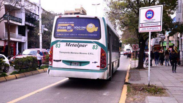 Colocan cartelería indicadora de carriles exclusivos para transporte público