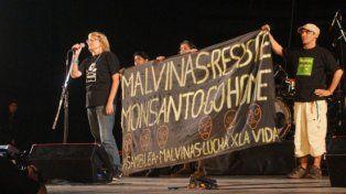 Los integrantes de la asamblea tuvieron el apoyo del artista Manu Chao que llevó el mensaje al mundo.