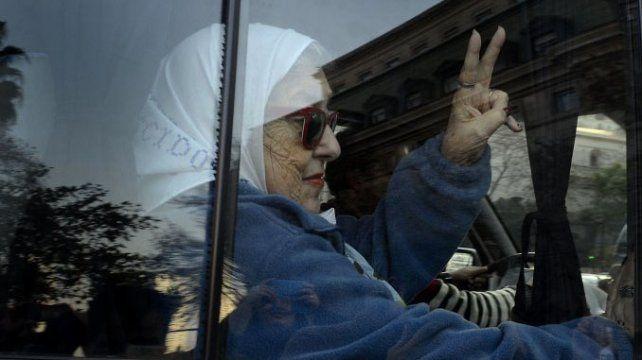 Hebe de Bonafini no se presentó a declarar y participa de la habitual ronda de las Madres