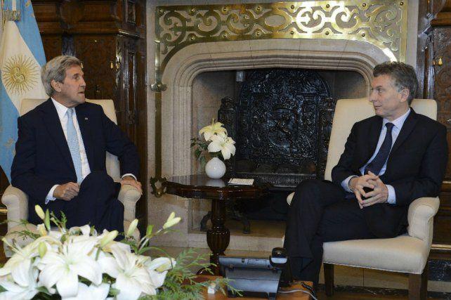 Macri recibió a John Kerry en Casa Rosada