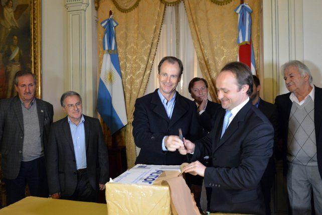 Se abrieron los sobres para construir la autovía entre Paraná y Oro Verde