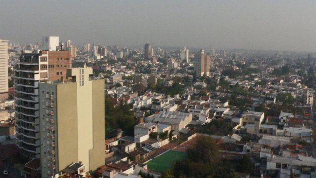Faltan espacios verdes. Proliferan edificios y construcciones sin criterios ni planificación.