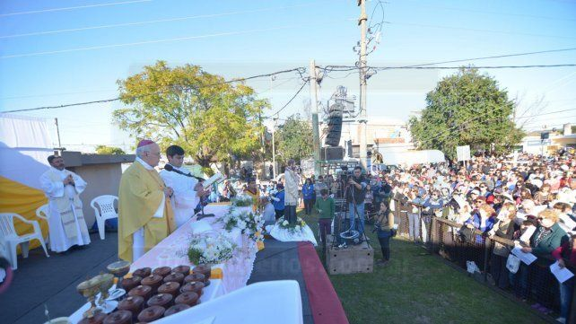 Una multitud veneró a San Cayetano
