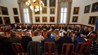 Bordet pidió a sus funcionarios controlar los gastos y cuidar los recursos