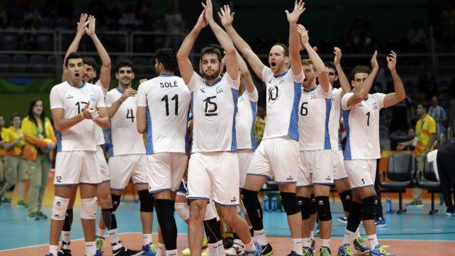 La selección argentina de vóleibol jugó en un nivel extraordinario y venció a Rusia