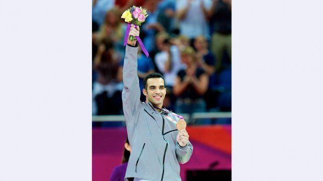 Danell Leyva USA – Gimnasia. Gimnasta estadounidense de origen cubano. Mide 1.70 y tiene solo 24 años.