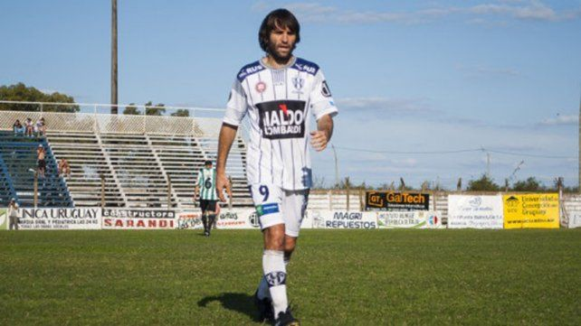Besel ascendió hace dos temporadas con el Decano uruguayense.