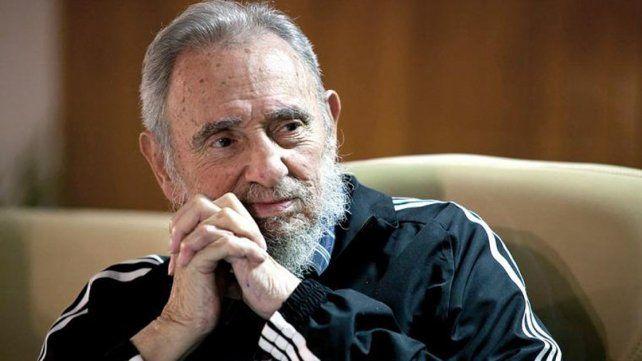El hombre se enfrenta al mayor riesgo de su historia, dijo Fidel al cumplir 90 años