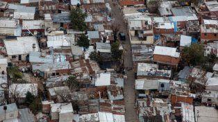 Una familia tipo necesita ingresos por 13.126 pesos para no ser pobre