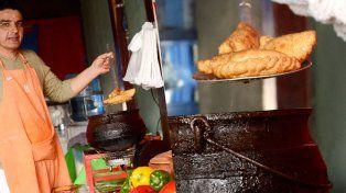 Puerto Sánchez se convirtió en una feria gastronómica popular