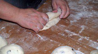 Salud trabaja junto a panaderías y restaurantes para disminuir el consumo de sal