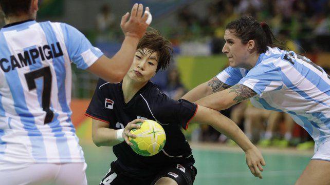 El handball femenino se despidió de los Juegos dándole batalla a Corea