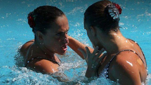 Las mellizas Sánchez mantuvieron el 19° puesto en nado sincronizado