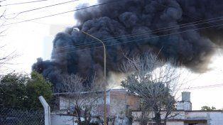 Voraz incendio causó alarma en Paraná