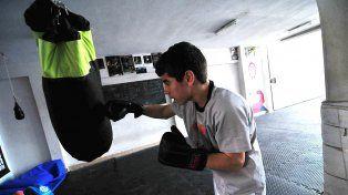Va por más. Gianluca Olmedo tiene 8 peleas